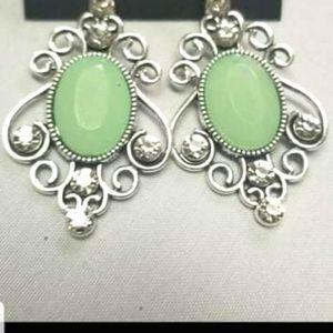 🔥2/$30🔥Tour de Fairytale Green Earring
